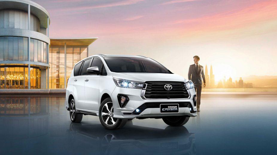 Toyota-Innova-2020